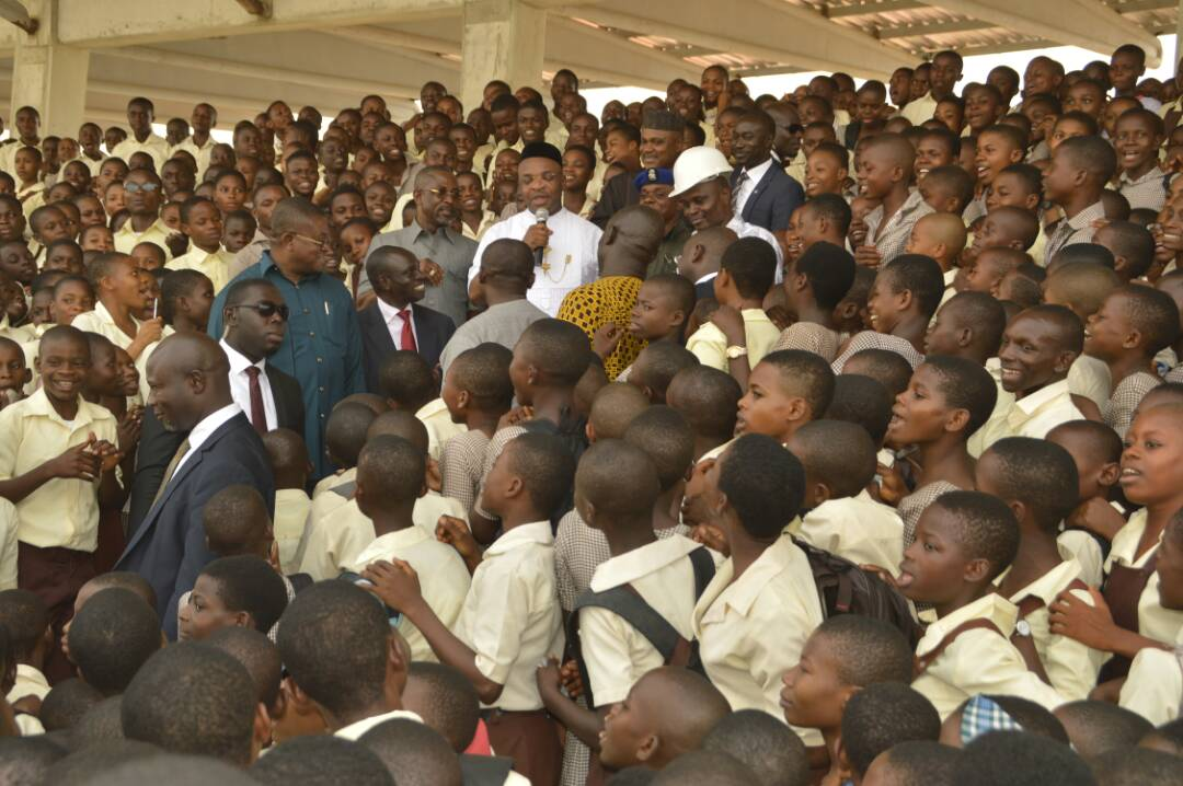 Gov Udom With Student