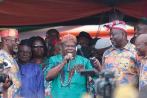 CRACKS IN AKWA IBOM APC AS UMANA UMANA'S MEN RETURN TO PDP