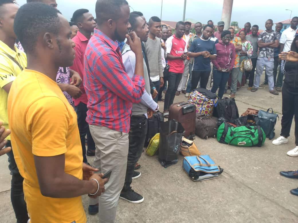 Gov. Emmanuel rescues A'Ibom Students trapped in renewed Jos Crisis