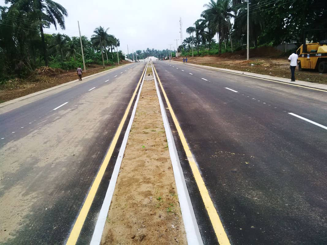 Photo of UYO-IKOT EKPENE ROAD: ANOTHER MOUNTAIN OF CONTROVERSIES LEVELLED BY GOV. UDOM EMMANUEL